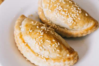 flaky buns