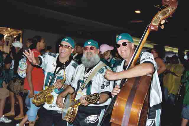 2de2381b1 Every Type of Philadelphia Eagles Fan You ll See at the Linc - Thrillist