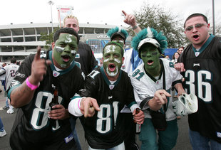 Every Type of Eagles Fan You'll See at the Linc