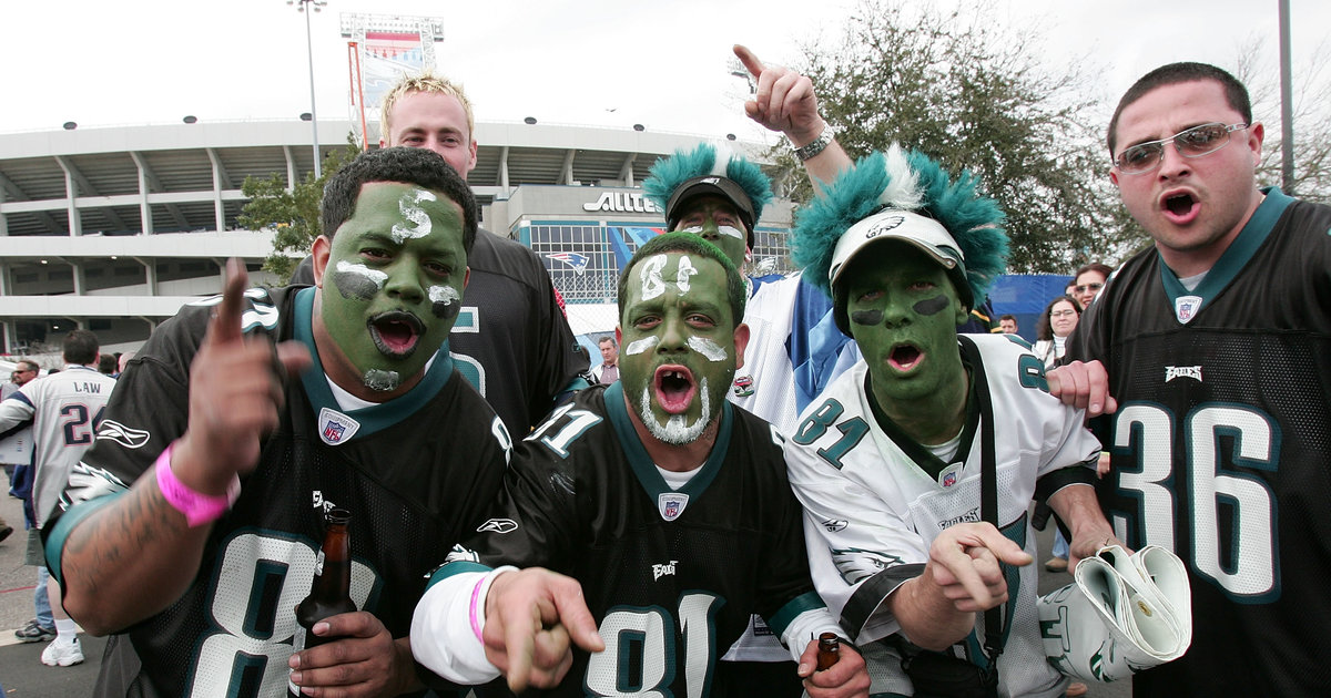 5b796c120b0a62 Every Type of Philadelphia Eagles Fan You ll See at the Linc - Thrillist