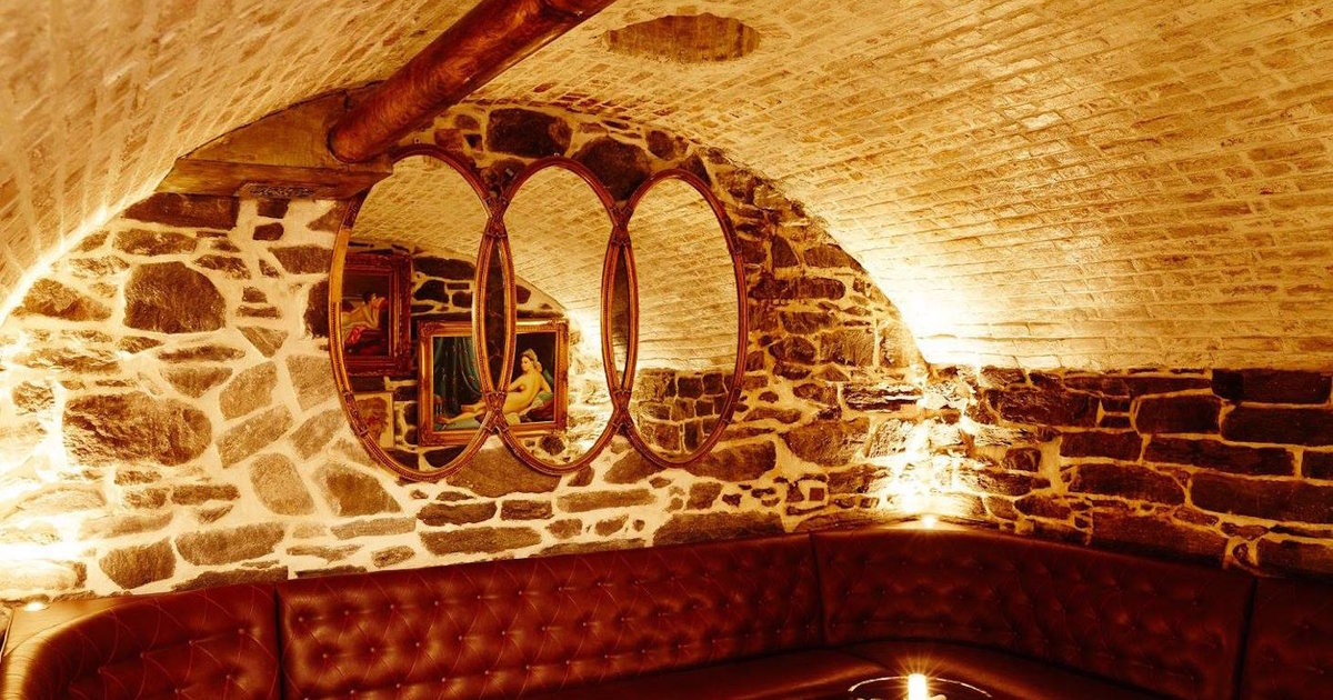 Best Speakeasies Amp Secret Bars In Nyc To Drink At Right