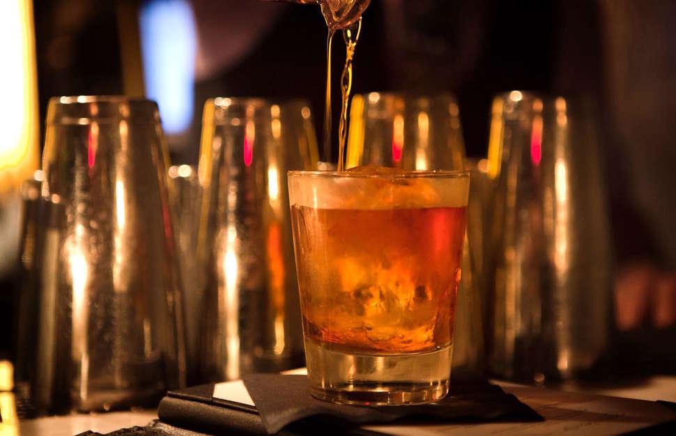 Best Speakeasies In Philadelphia Secret Bars To Drink At