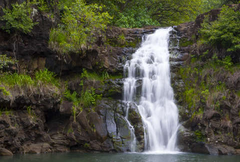 Oahu Hiking Trails Waimea Falls