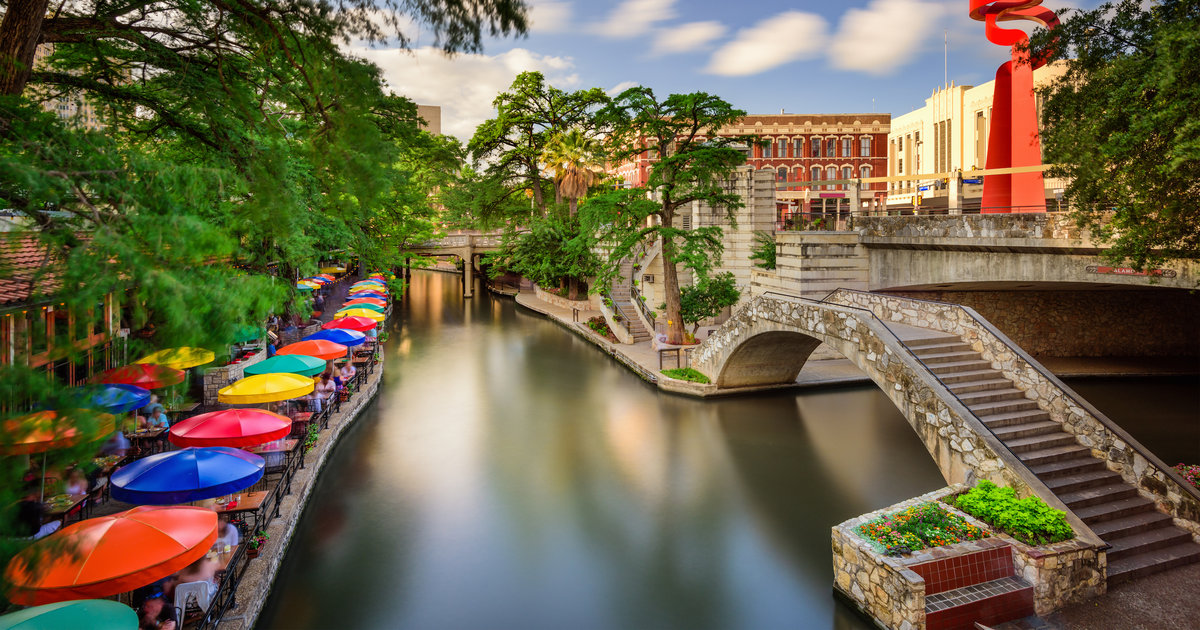 San Antonio River Walk Why I Love Something You Hate