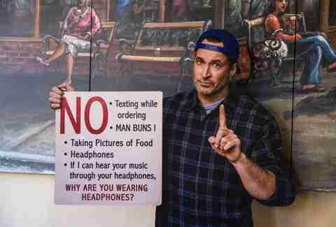 7b85b636b8d60 Inside the  Gilmore Girls  Luke s Diner Pop-Up in NYC - Thrillist
