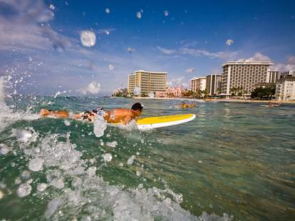beaches for surfers in hawaii