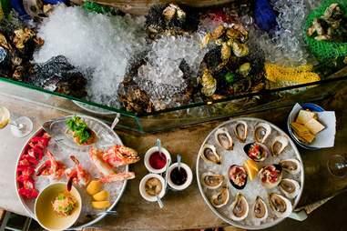 Perla's Seafood & Oyster Bar