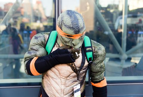 ninja turtle smoking comic con nyc 2016 cosplayer