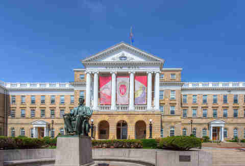 25 Signs You're a UW-Madison Alum