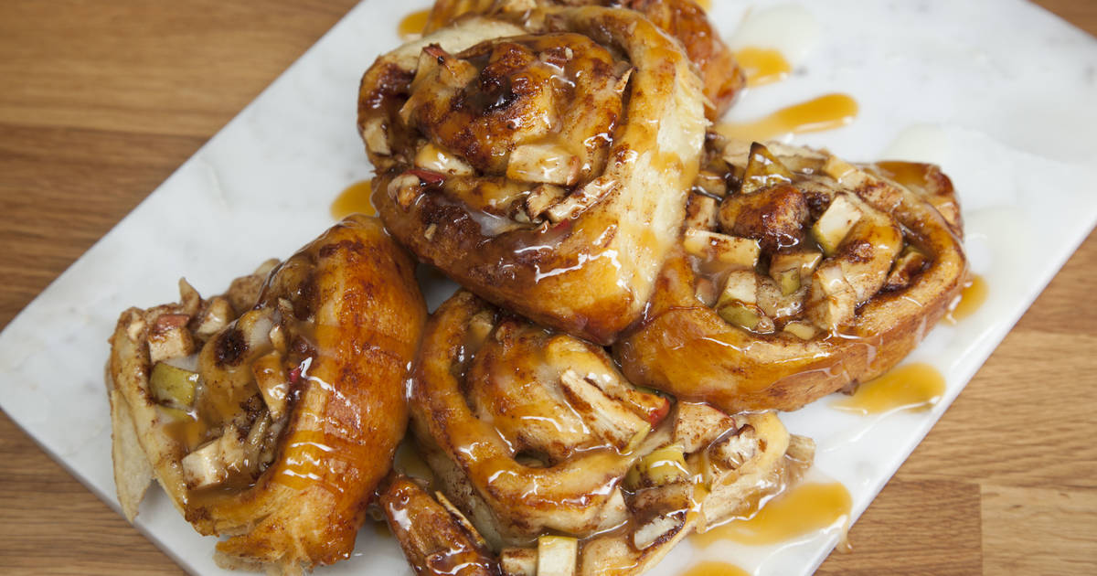 Pastry Recipe Caramel Apple Cinnamon Rolls Thrillist