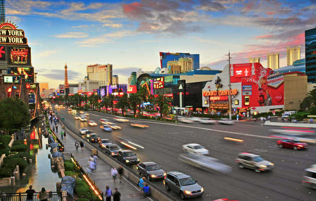 Everything That Will Most Definitely Happen to You While Driving in Las Vegas