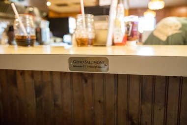 solly's grille counter