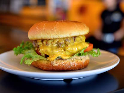 best cheap burgers houston