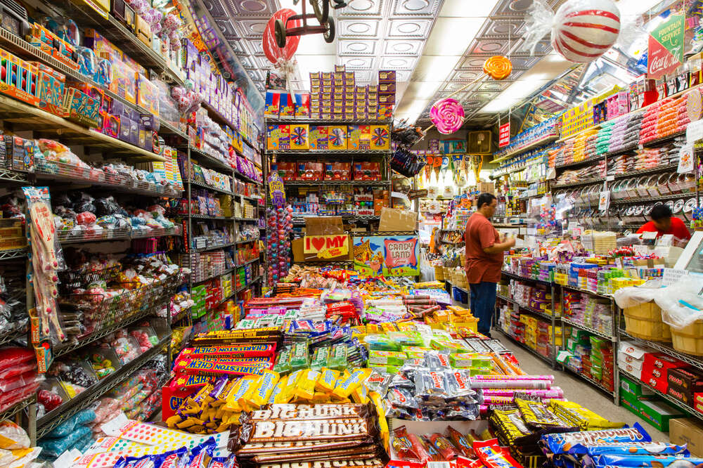 Economy Candy New York Is NYC's Go-To Candy Shop - Thrillist