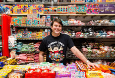 At Economy Candy, a Lower East Side Relic, Business Is as Sweet as Ever