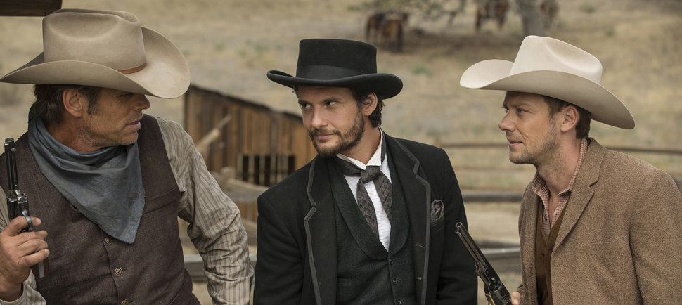 'Westworld' Episode 4 Significantly Raises the Stakes