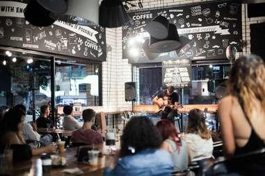 Acoustic spotlight, guitar, singer, los angeles