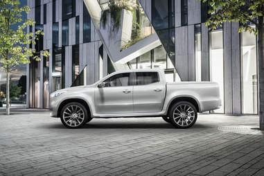 X-Class Mercedes Pickup Concept