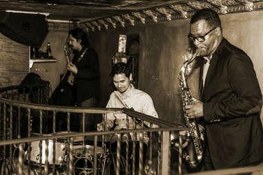 La Descarga, Saxophone, Los Angeles