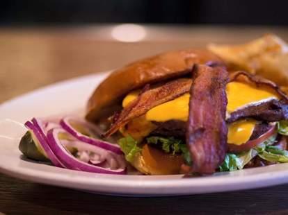 508 bar restaurant Minneapolis burger