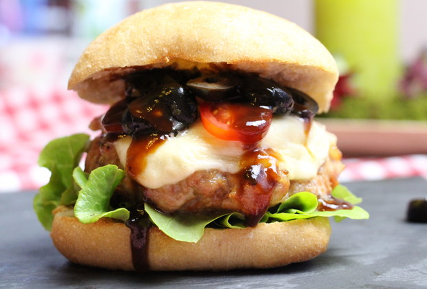 Take Your Taste Buds to Italy With This Salsiccia Burger Recipe