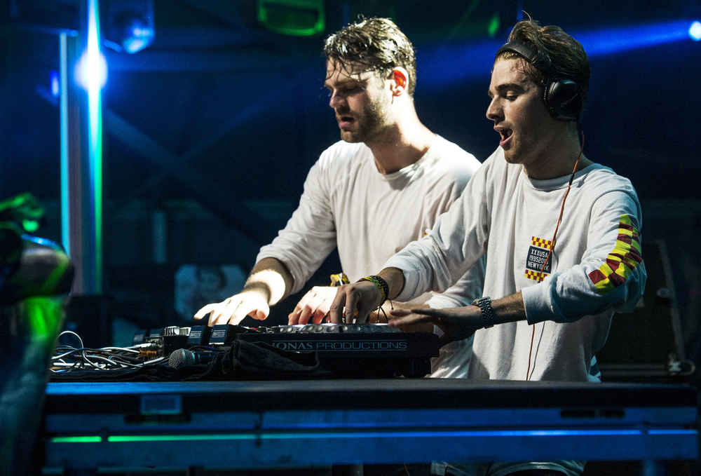 Meet The Chainsmokers Facts About Closer Andrew Taggart Alex