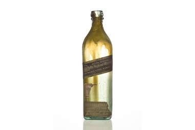 Original John Walker Extra Special Old Highland Bottle, circa 1905, before being renamed Johnnie Walker Black Label in 1909 – Super Call