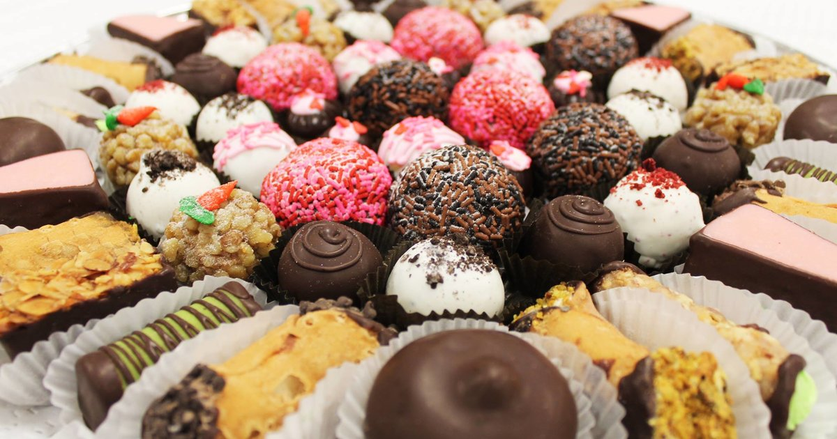 Most Popular In Small Business The Best Bakery 20 Chicago Neighborhoods
