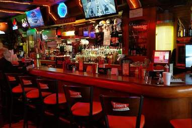 Tommy's Detroit Bar and Grill