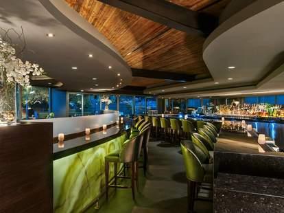 Jade Bar, Phoenix