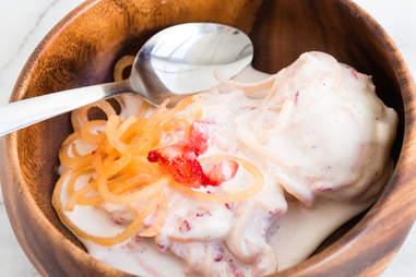 canteloupe strawberry ice cream