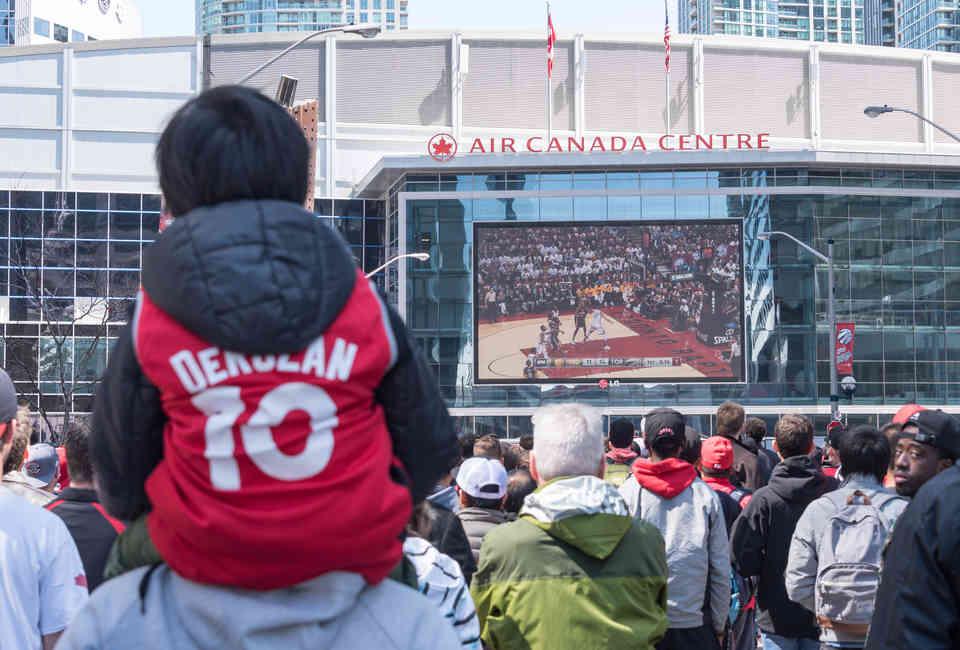 Best Drake Lyrics With Toronto References, Ranked - Thrillist