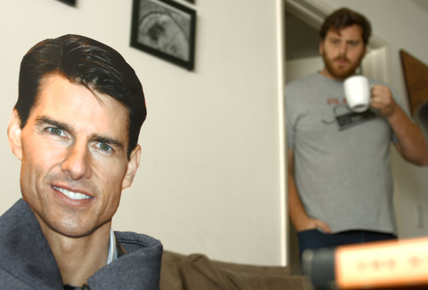 Here's What It Would Be Like to Live With Tom Cruise