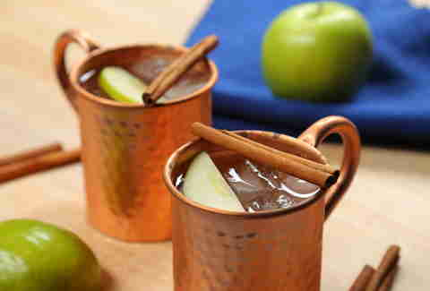 This Apple Pie Moscow Mule Is Dessert You Can Drink