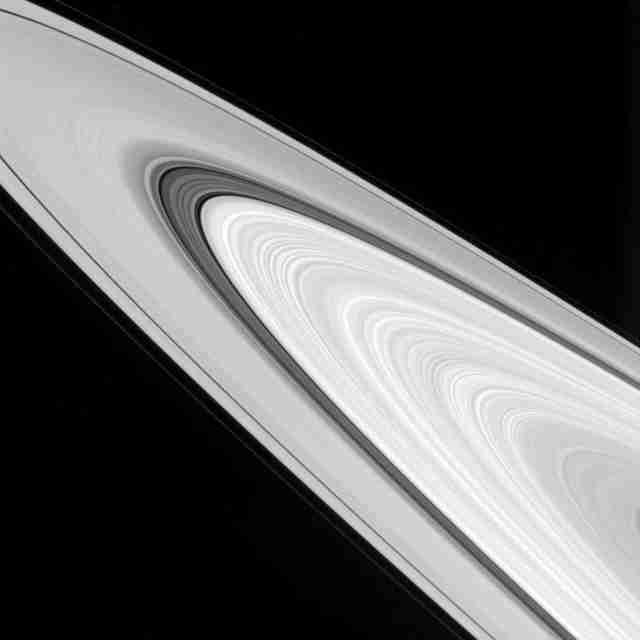 photos of Saturn