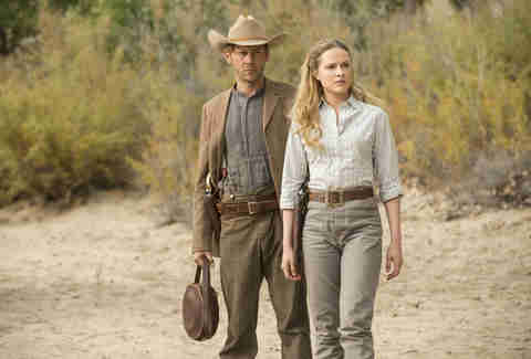 evan rachel wood and jimmi simpson on hbo westworld