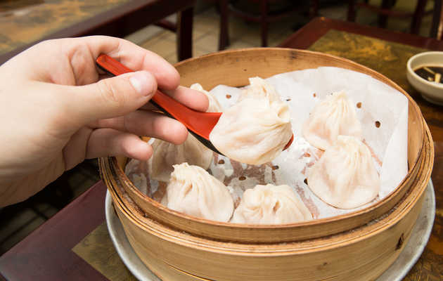 The Best Thing We Ate for Under $10 This Week: $5.25 Soup Dumplings From Deluxe Green Bo