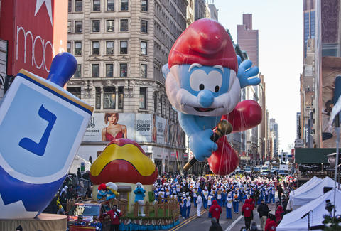 Macy's Thanksgiving Day Parade Papa Smurf Balloon