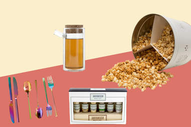 Caramel corn, rainbow flatware, salt gift set, Ora tea pot