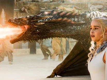 game of thrones dracarys dragon fire emilia clarke drogon khaleesi daenerys targaryen