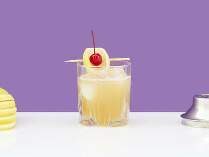 bourbon sour cocktail drink strong whiskey whisky