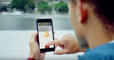 man playing pokemon go