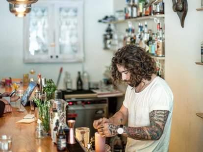 bartenders toronto