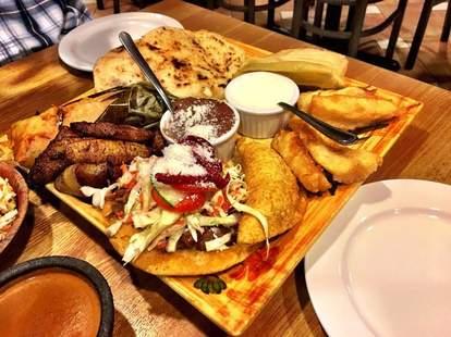 restaurante El Salvadoreno san diego