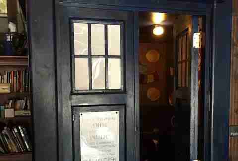 TARDIS Bathroom