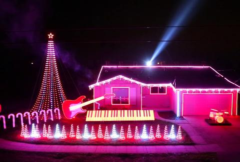 crazy christmas light displays
