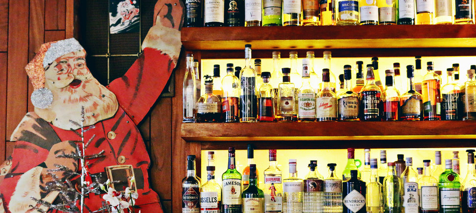 The Most Festive Places to Grab a Drink in Seattle During the Holidays
