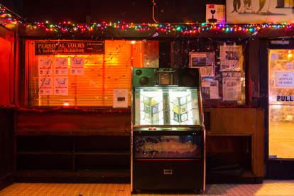 Jukebox Earnestine and Hazel's