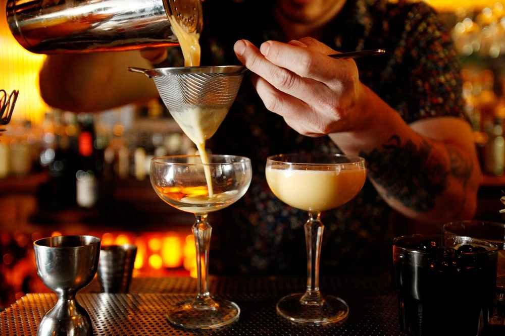 LA Bars Open on Christmas Day - Thrillist LA
