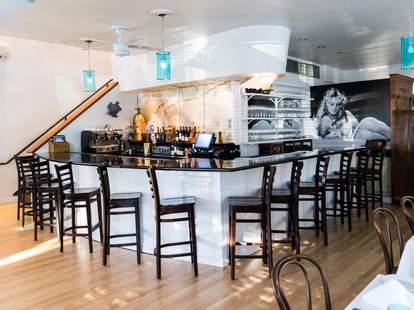 Cafe Azur, Houston
